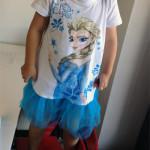 なりきりエルサも今年だけ!? 4歳の娘にアナと雪の女王ワンピースを買いました
