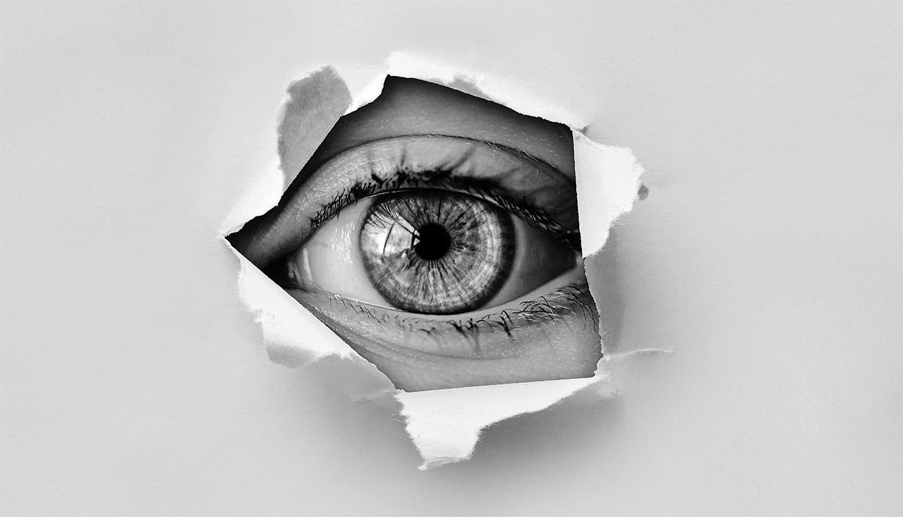 【体験記】それって疲れ目じゃないかも・・・ 突然視界が白っぽくボケて見える原因はポスナーシュロスマン症候群でした