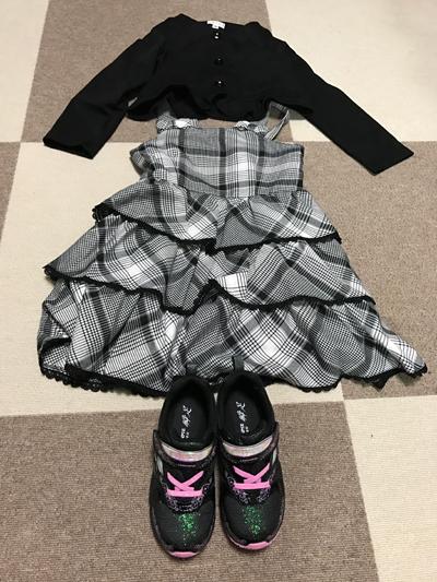 女の子用入学式の洋服