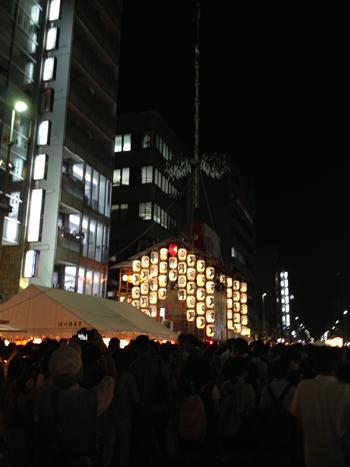 祇園祭り宵山