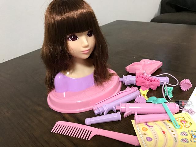 おしゃれ女子への第一歩!子供のヘアアレンジの参考にもなるメガハウス ヘアメークアーティスト カール&ストレートDXの感想など