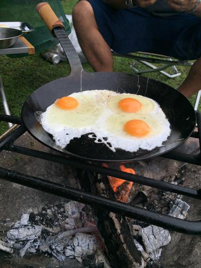 キャンプ 朝食