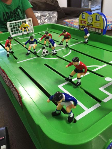 レトロさが逆に新鮮!親子で夢中になれるサッカー盤ゲームはじめました!