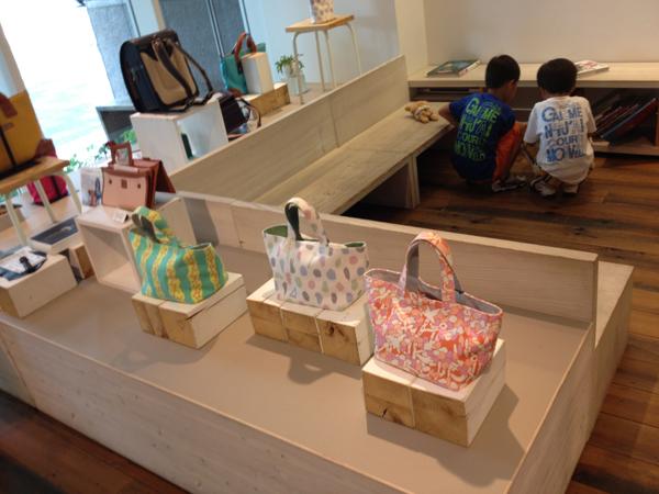 土屋鞄製造所 童具店・京都ウッドスペース