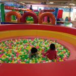 寒い日や雨の日でも一日中遊べる!ファミリーで楽しめるBb(ビィ・ビィ)南草津店に行ってきたよ!