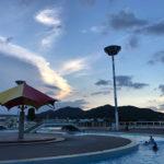 【ver.2018】亀岡運動公園プール(かめプー)がまさかの営業時間延長でガラ空きの夕暮れプールを楽しんできたよ!